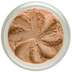 Lily Lolo Honey Beach Eyes: Vegan Friendly, Gluten Free. A creamy, golden beige with shimmering gold undertones, perfect for adding a touch of glamour to your look.
